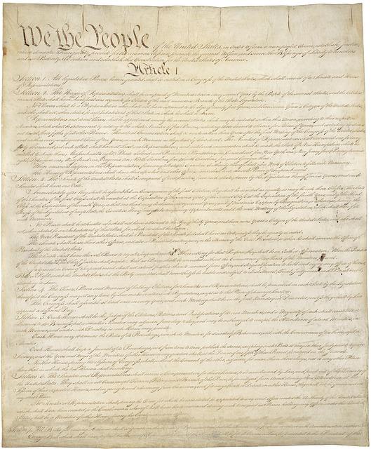 constitution-62943_640